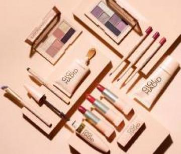 czy-warto-kupowac-kolekcje-kosmetykow-od-maybelline-x-gigihadid